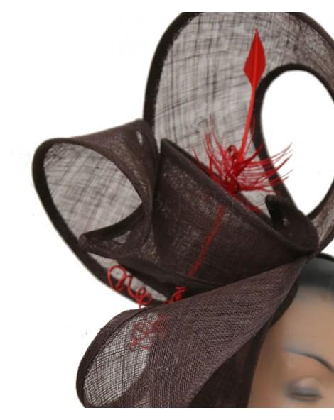 Parure de tête en sisal marron plume rouge