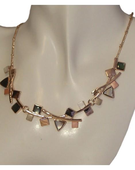 Collier éléments géométriques striées rose, gris, lisses rosés et nacrés